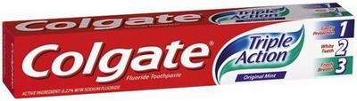 COLGATE T/P TRIPLE ACTION 110G - Click to enlarge